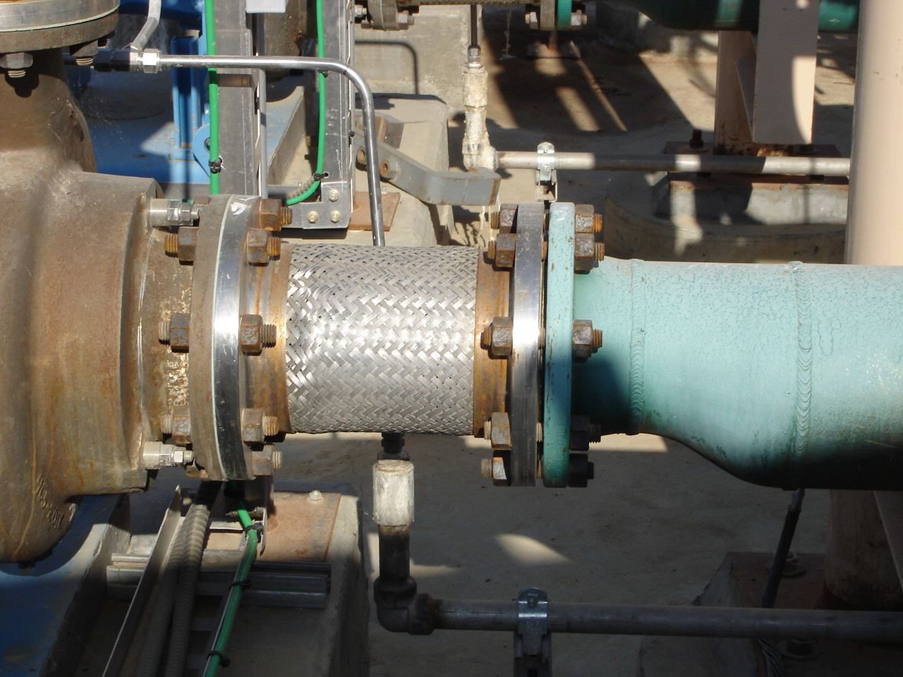 Flex joint connected to pump