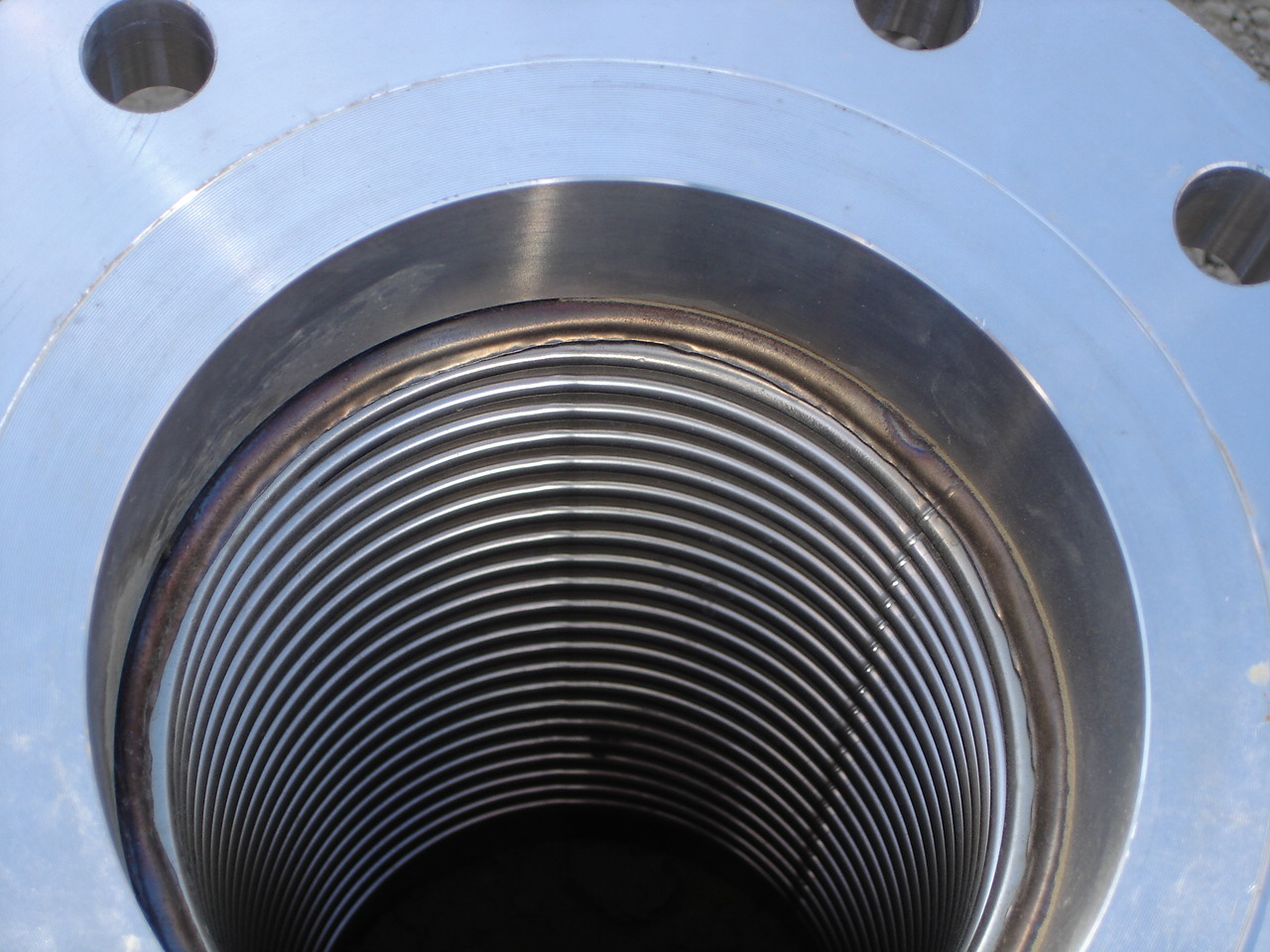 Inside look at stainless steel corrugated hose